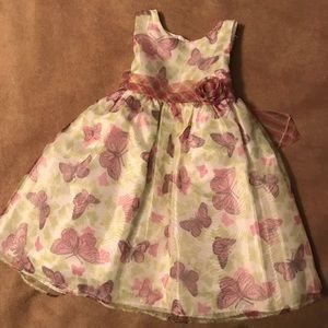 Little girls butterfly dress! 🦋🎀